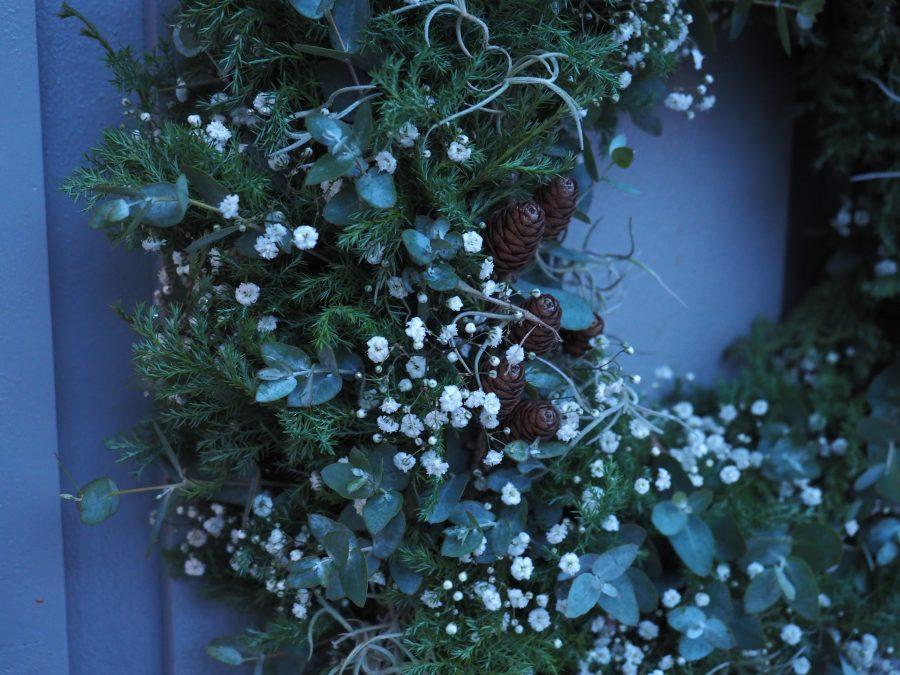 hvite blomster som holder lenge