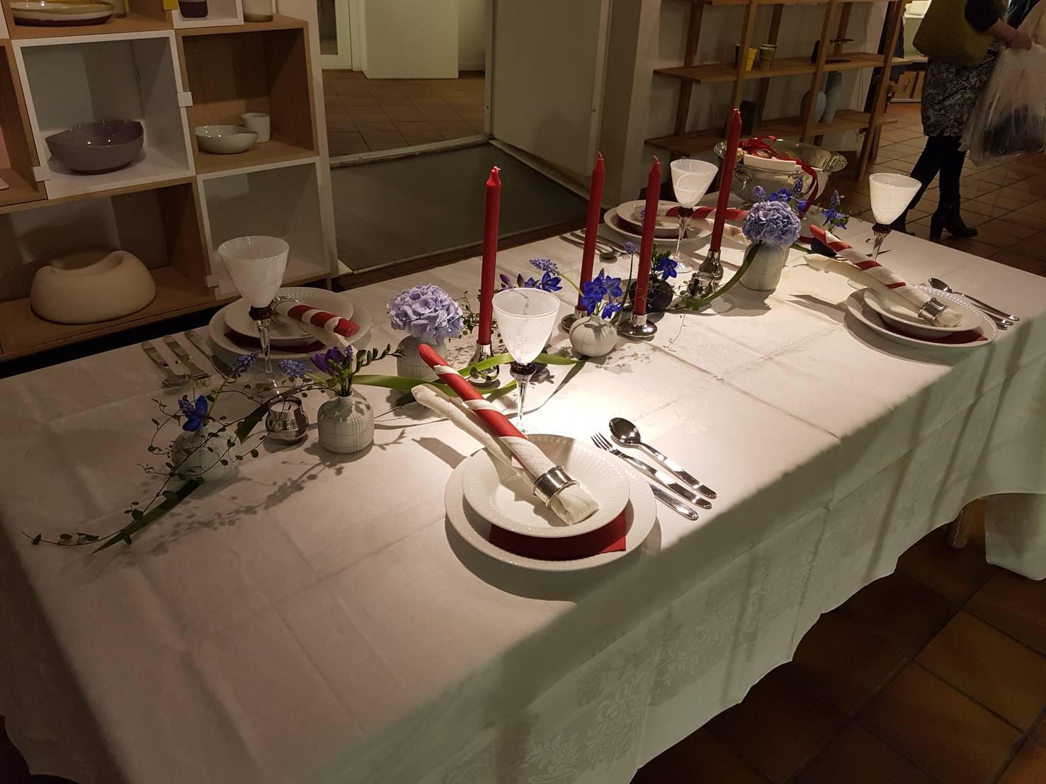 Pynte 17. mai bordet på 1-2-3 og Norsk design.