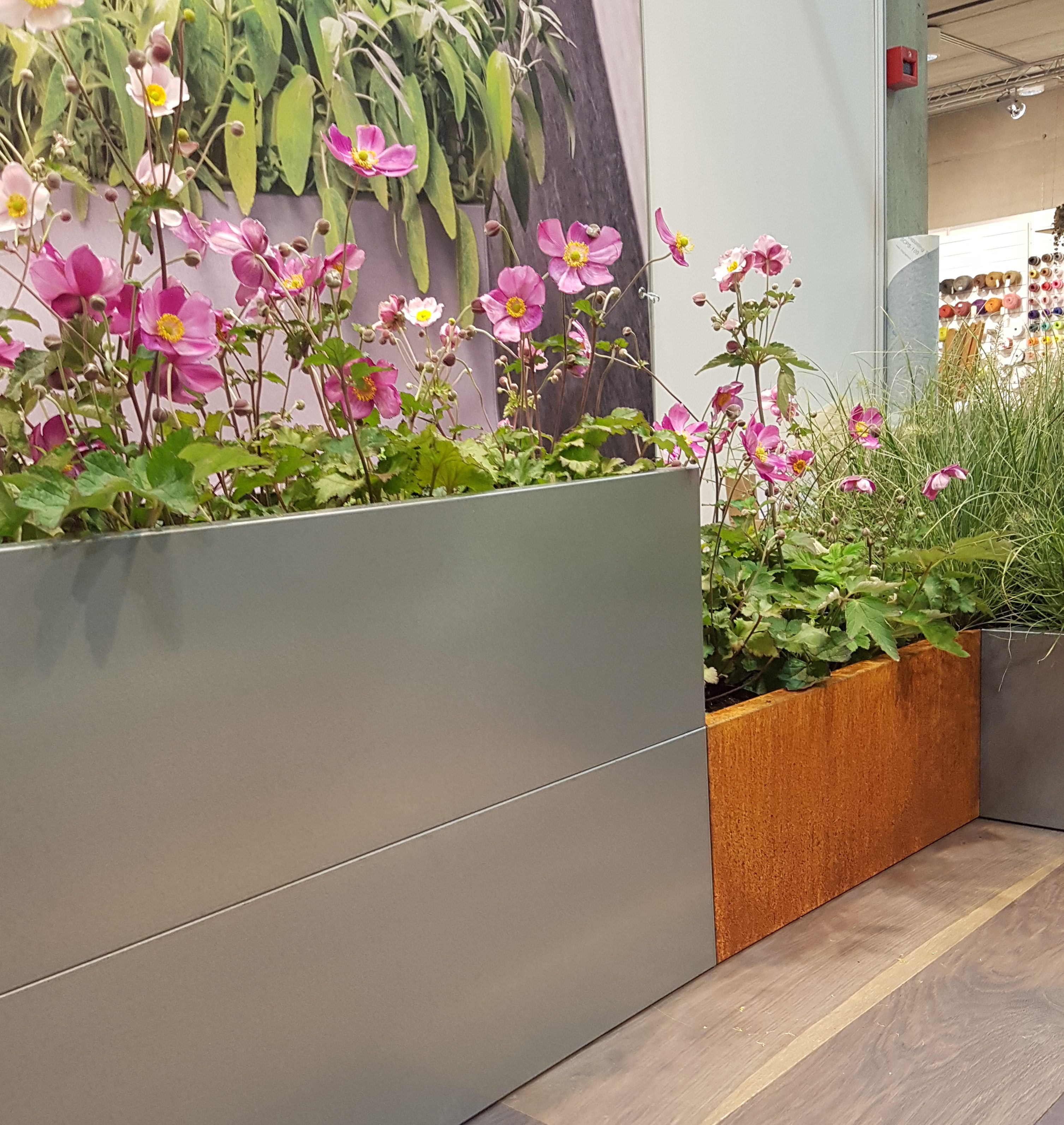 Opphøyde bedd og pallekarmer til hage og terrasse