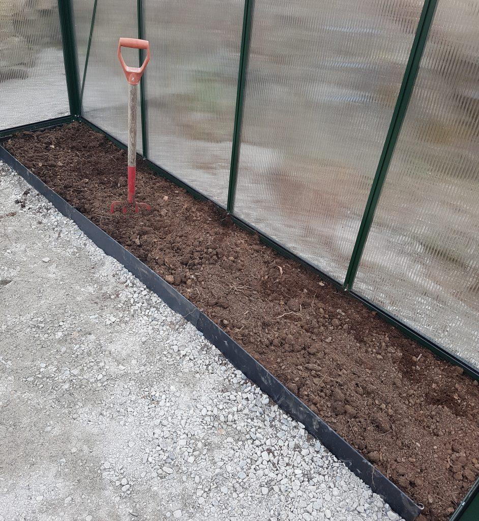 plantebed i drivhuset